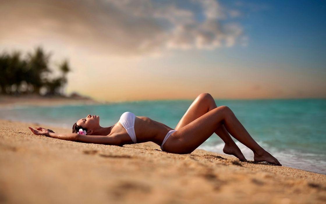 beautiful girl female women woman sexy babe model brunette bikini gd wallpaper