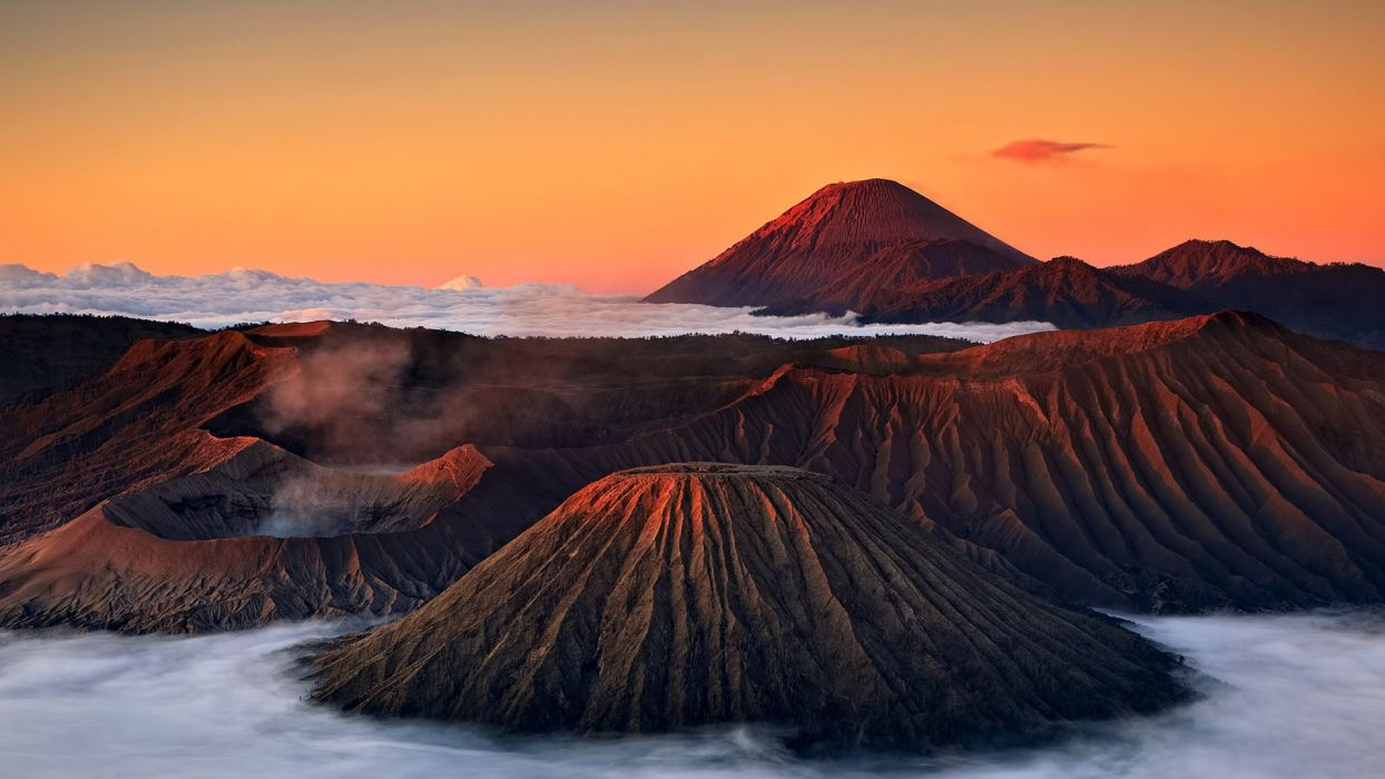 sky clouds sunset mist mountains volcano crater wallpaper