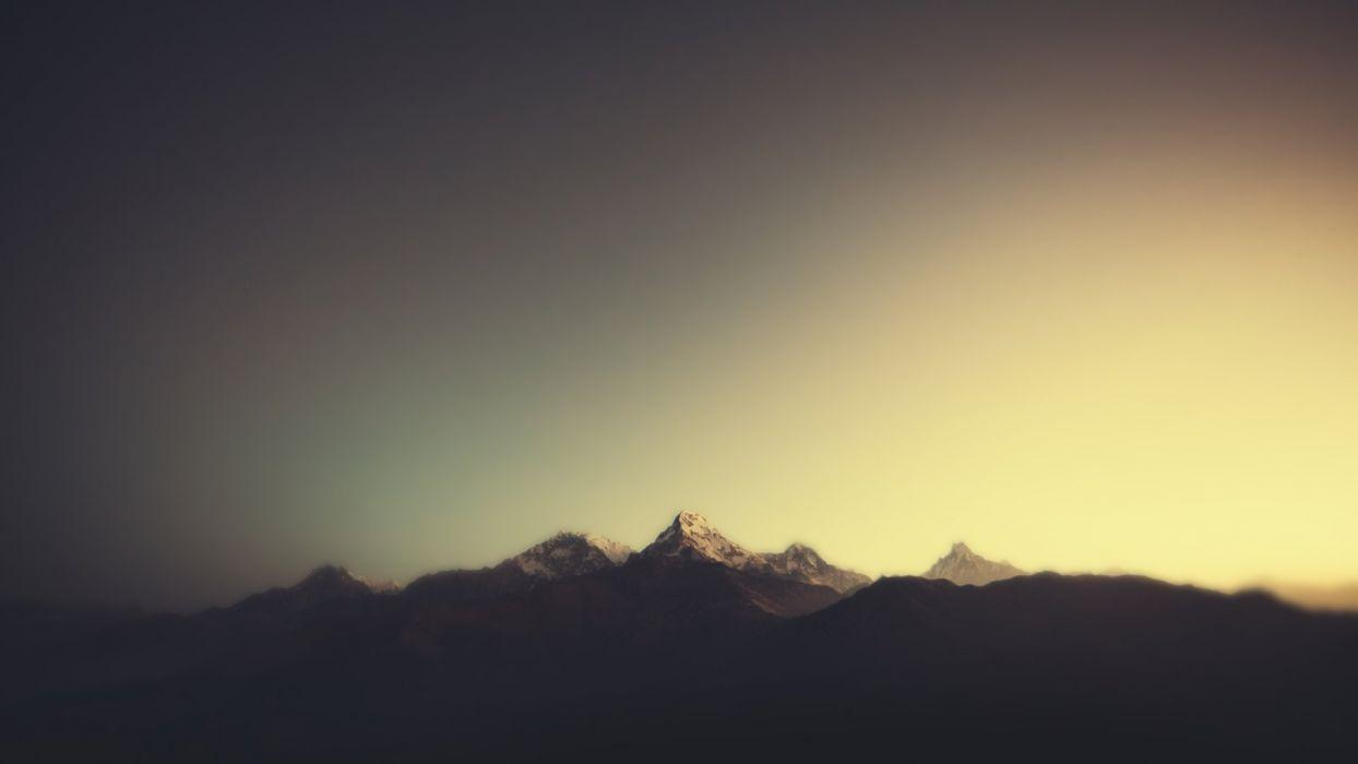Minimal Mountains wallpaper