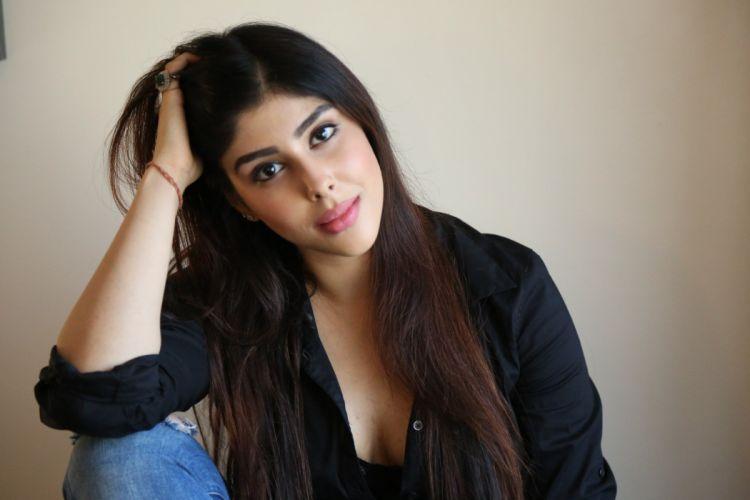 Actress-Aditi-Singh-Hot-Sizzling-Photos telugufilmnagar-28 wallpaper