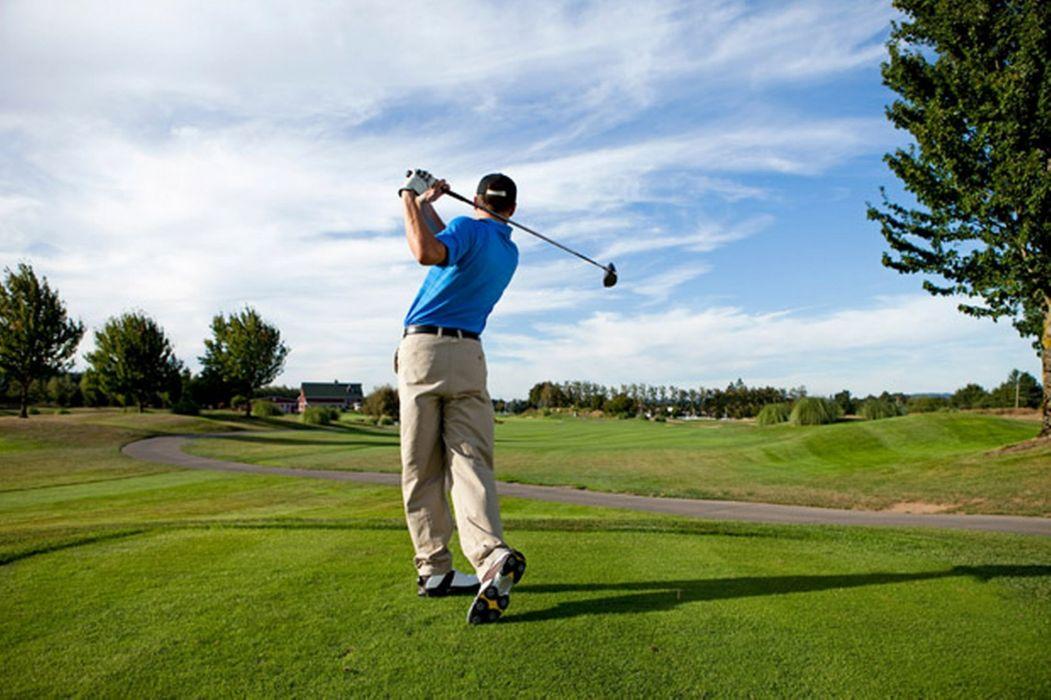 jugando golf deporte campo wallpaper