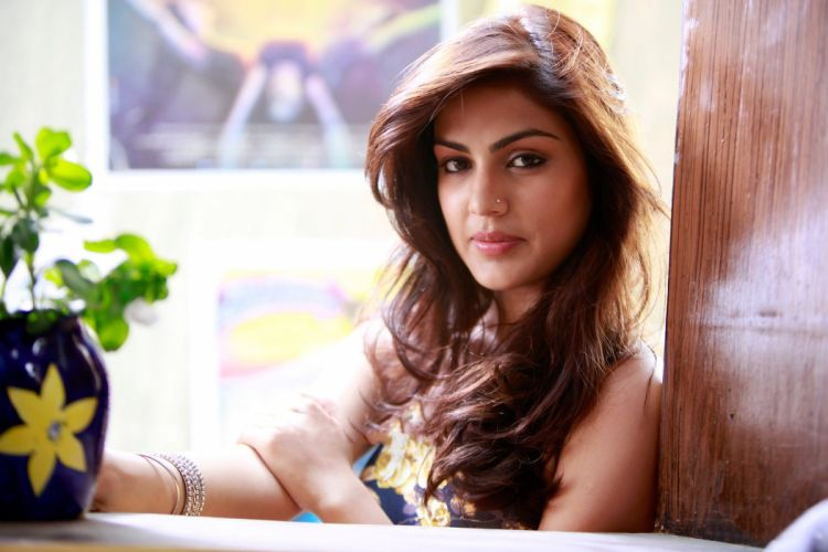 rhea chakraborty bollywood actress model girl beautiful brunette pretty cute beauty sexy hot pose face eyes hair lips smile figure indian wallpaper
