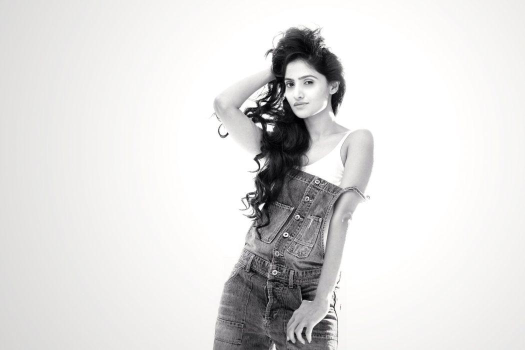Shalini Vadnikatti bollywood actress model girl beautiful brunette pretty cute beauty sexy hot pose face eyes hair lips smile figure indian  wallpaper