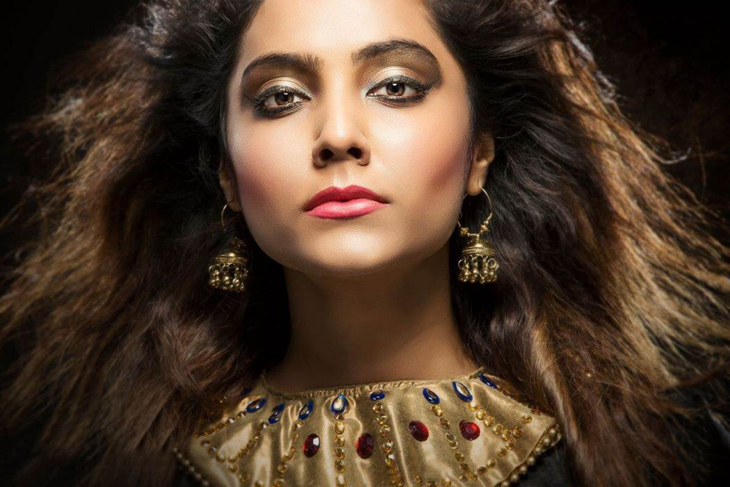 Harini bollywood actress model girl beautiful brunette pretty cute beauty sexy hot pose face eyes hair lips smile figure indian  wallpaper