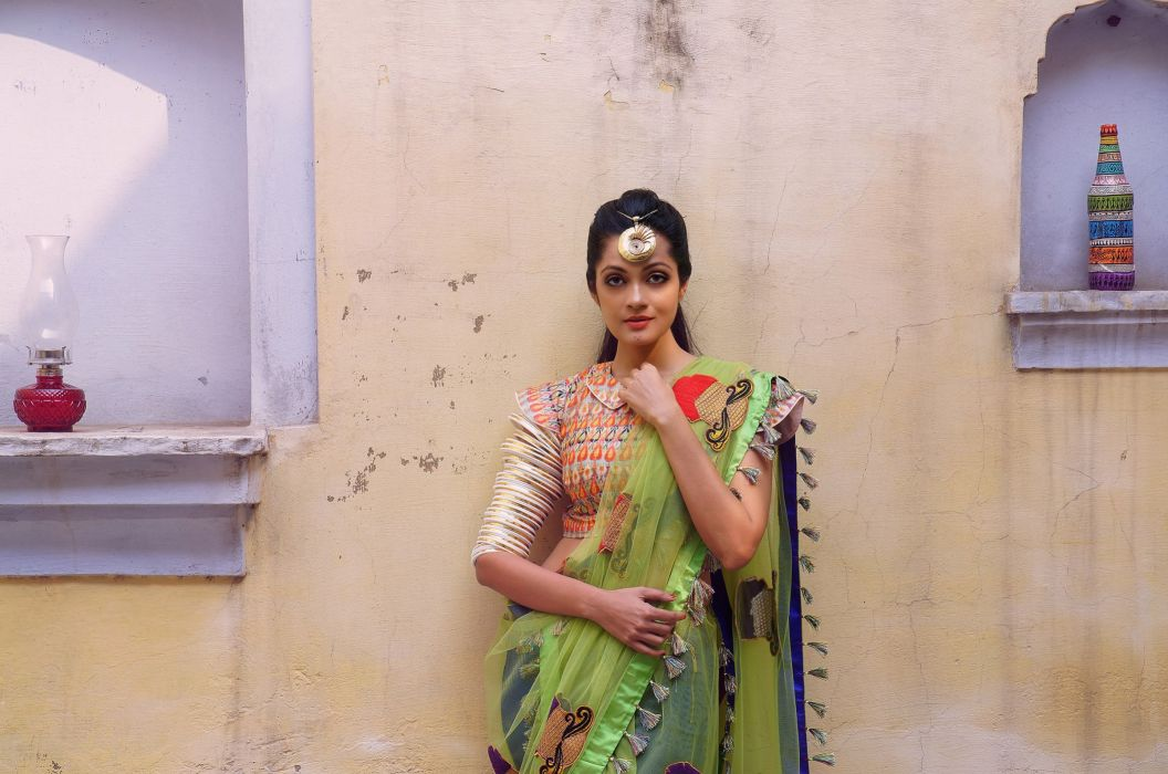 Sheena Chohan bollywood actress model girl beautiful brunette pretty cute beauty sexy hot pose face eyes hair lips smile figure indian  wallpaper