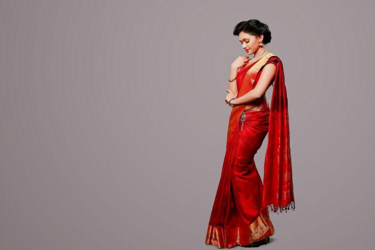 Sneha Sreenivasan bollywood actress model girl beautiful brunette pretty cute beauty sexy hot pose face eyes hair lips smile figure indian wallpaper