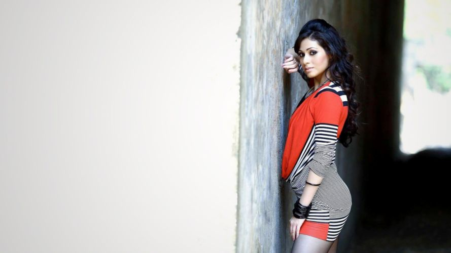 sada bollywood actress model girl beautiful brunette pretty cute beauty sexy hot pose face eyes hair lips smile figure indian wallpaper