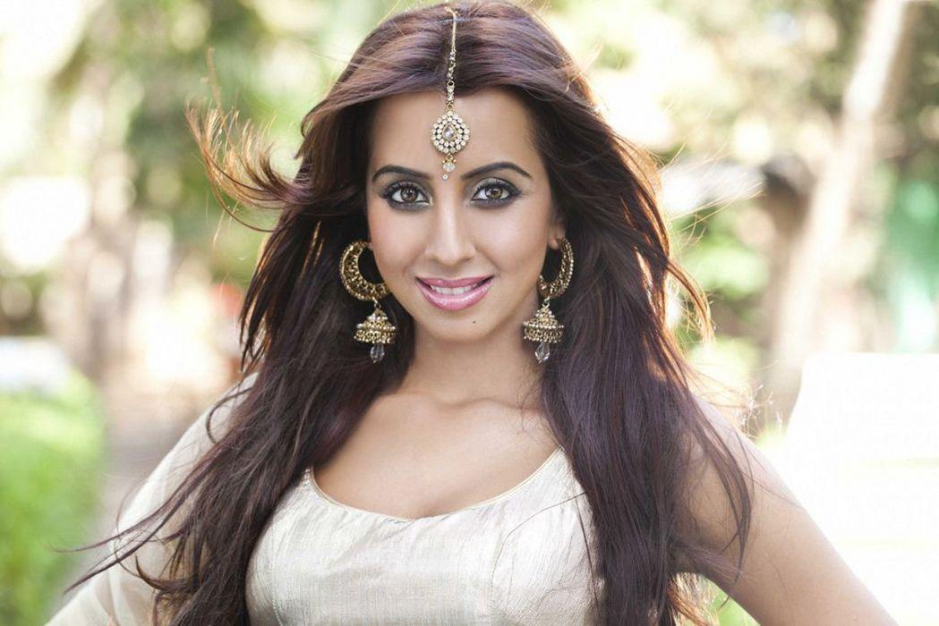 sanjjanaa galrani bollywood actress model girl beautiful brunette pretty cute beauty sexy hot pose face eyes hair lips smile figure indian  wallpaper