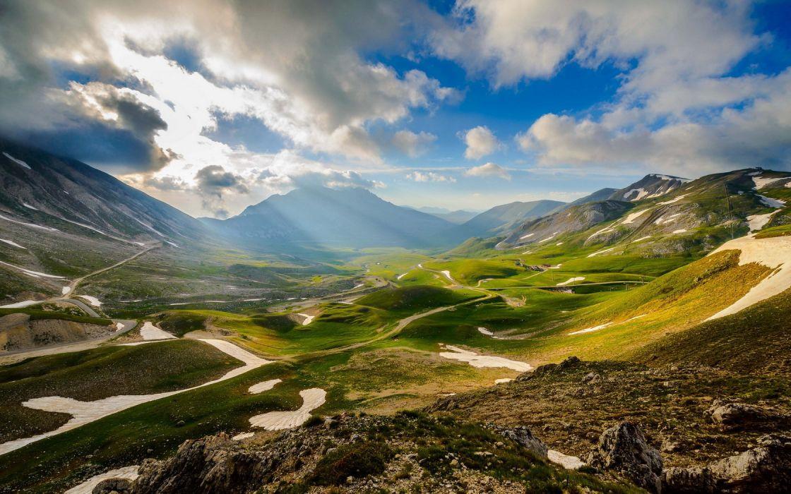 Mountains Valley 1680x1050 wallpaper