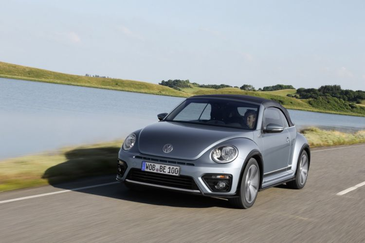 2016 volkswagen Beetle convertible cars wallpaper