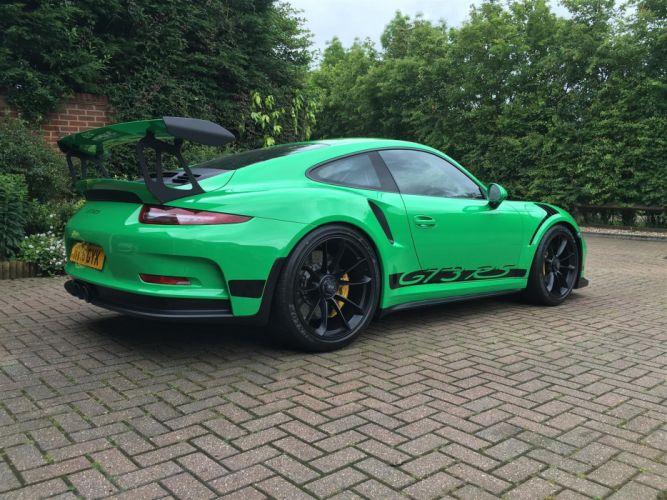 Green Porsche 911 GT3 RS cars wallpaper