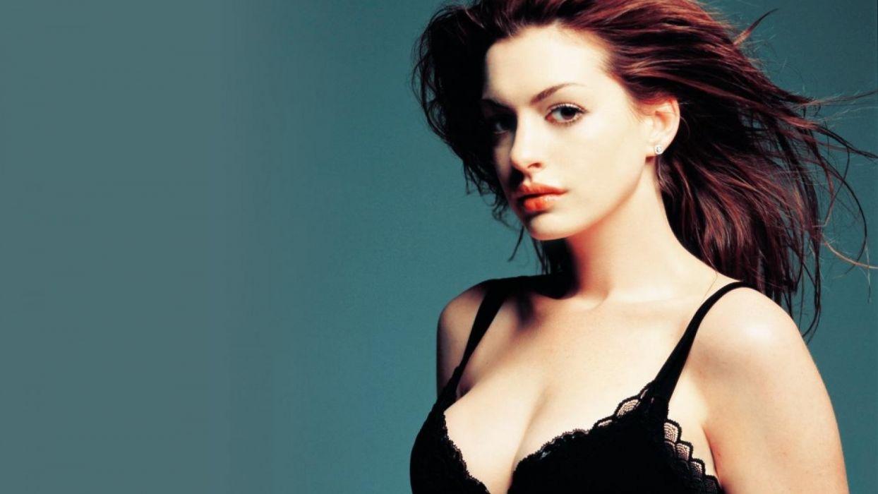 Anne Hathaway (1) ~~ [SARIYA BHAI] wallpaper