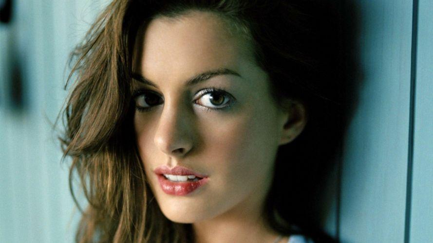 Anne Hathaway (7) ~~ [SARIYA BHAI] wallpaper