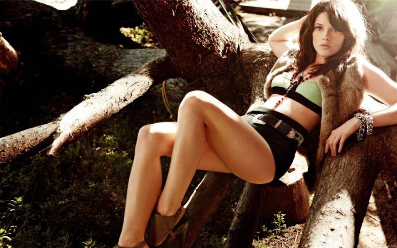 Ashley Greene (1) ~~ [SARIYA BHAI] wallpaper