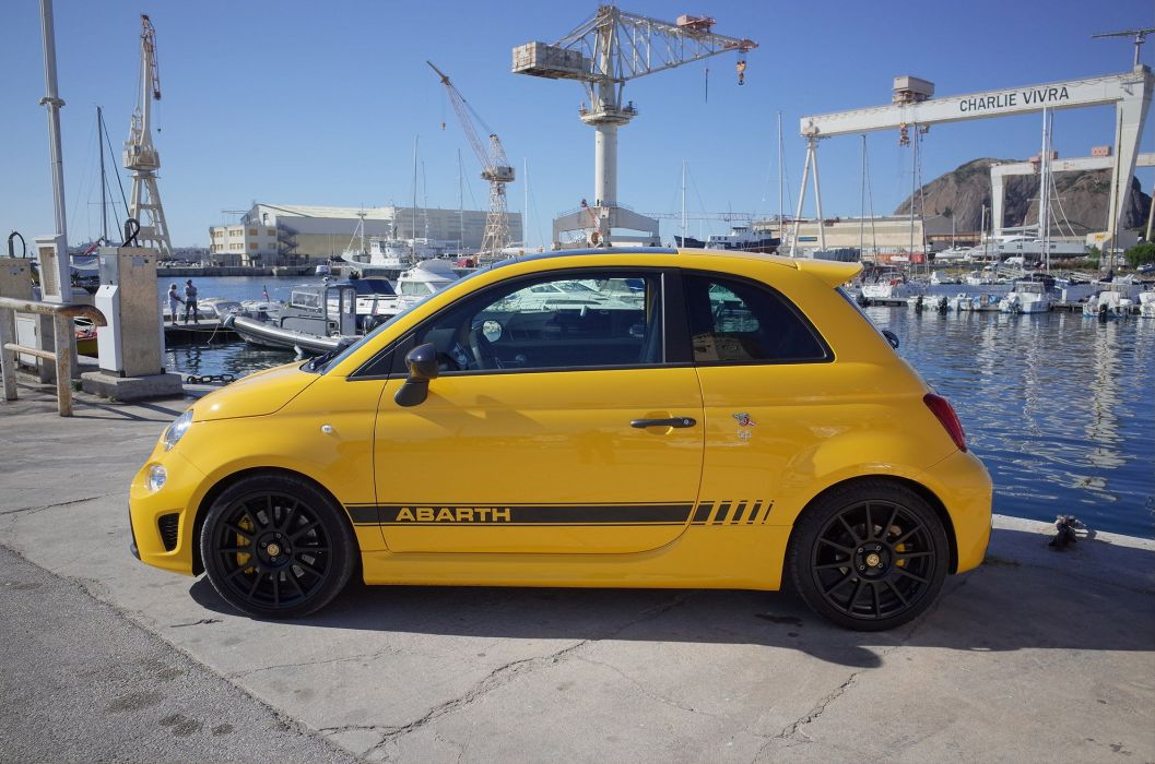 ABARTH 595 Competizione fiat 2016 yellow wallpaper