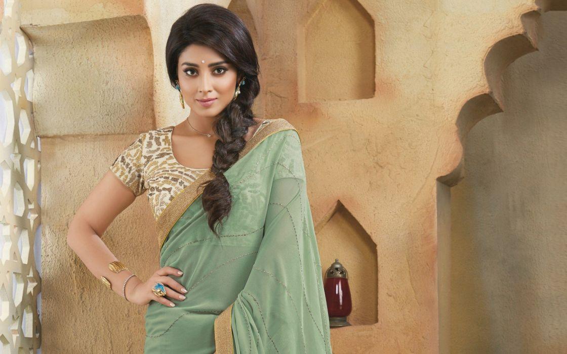 shriya saran bollywood actress model girl beautiful brunette pretty cute beauty sexy hot pose face eyes hair lips smile figure indian saree sari wallpaper