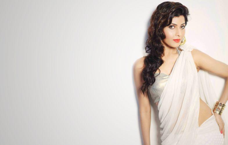madhavi nimkar bollywood actress model girl beautiful brunette pretty cute beauty sexy hot pose face eyes hair lips smile figure indian saree sari wallpaper