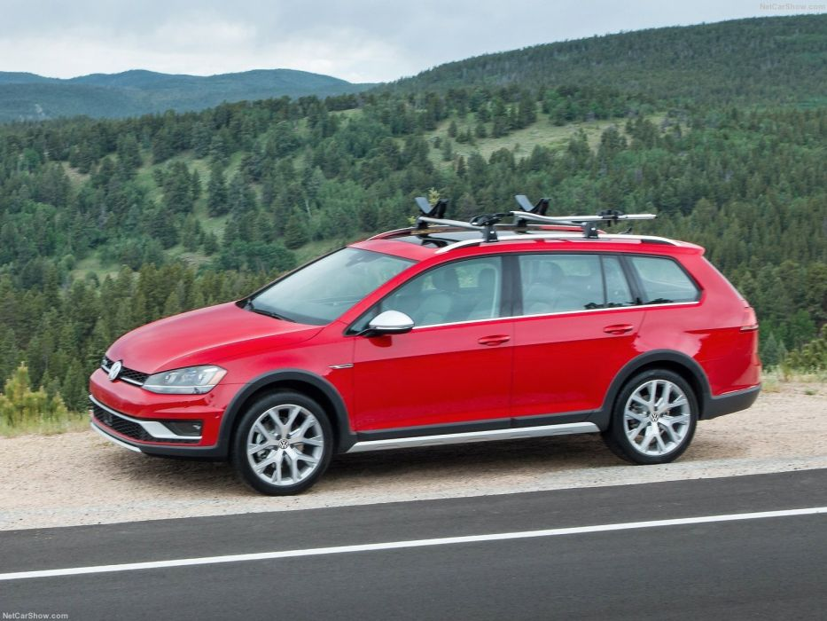 Volkswagen Golf Alltrack wagon 2016 wallpaper