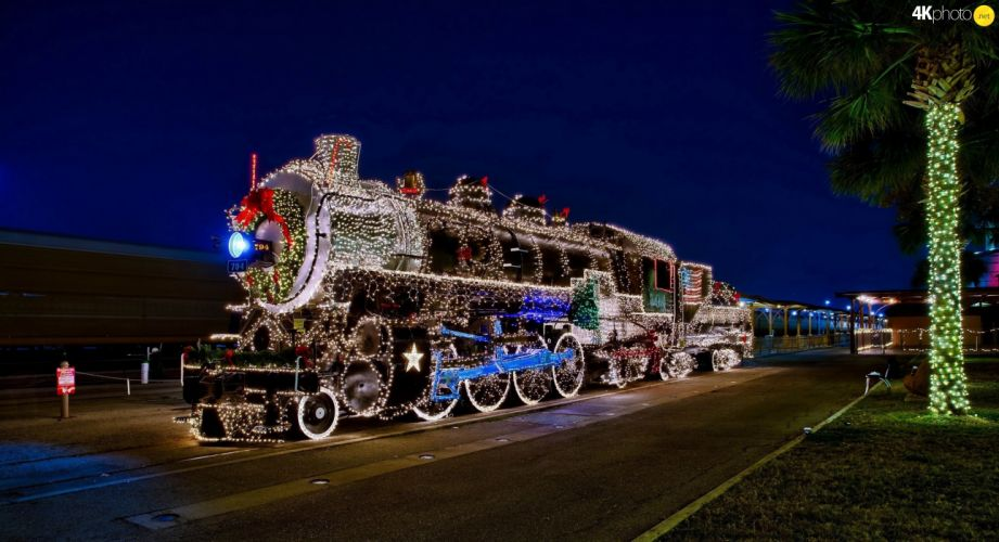 Night lights decoration locomotive platform Train Christmas wallpaper