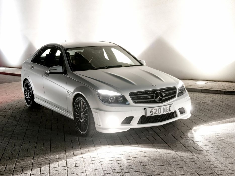 Mercedes-Benz C63 AMG DR520 2010 wallpaper