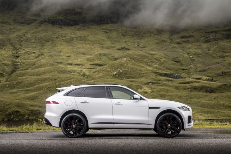 Jaguar F-Pace S 30d AWD UK-spec cars suv white 2016 wallpaper