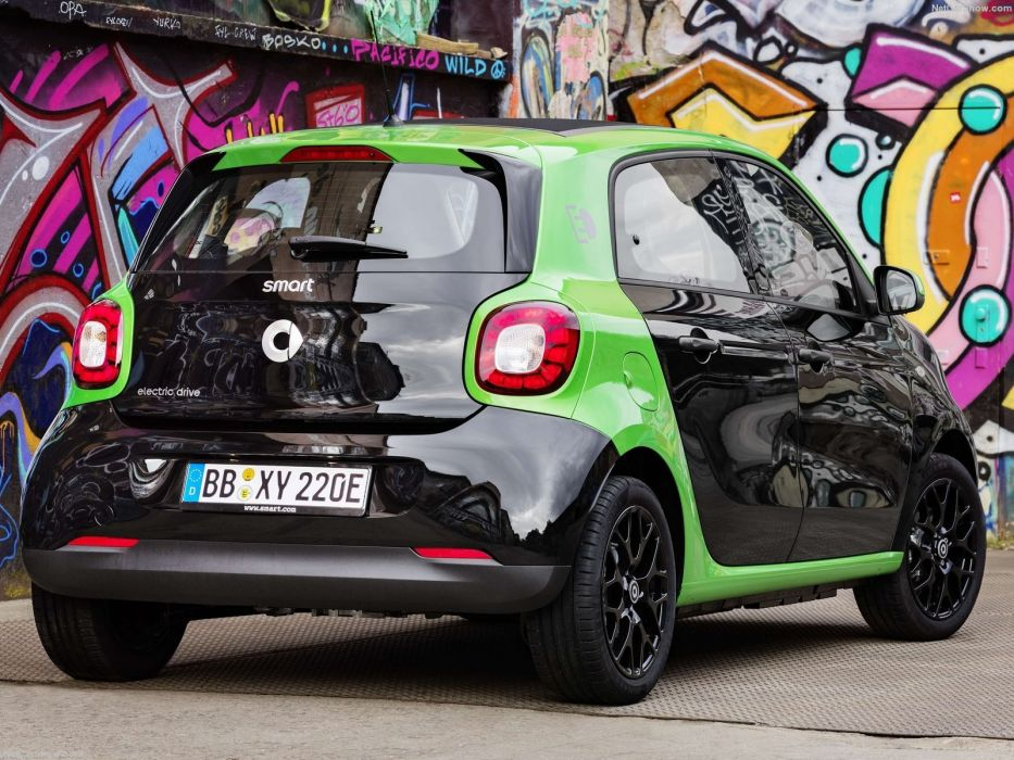 Smart Forfour Electric Drive Cars 2016 Wallpaper