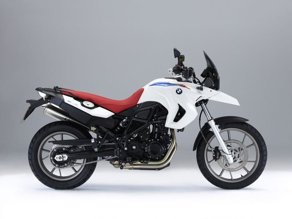 BMW F-650-GS motorcycles 2010 30-years wallpaper