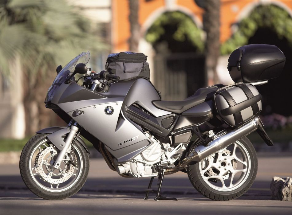 BMW F-800-ST motorcycles 2006 wallpaper