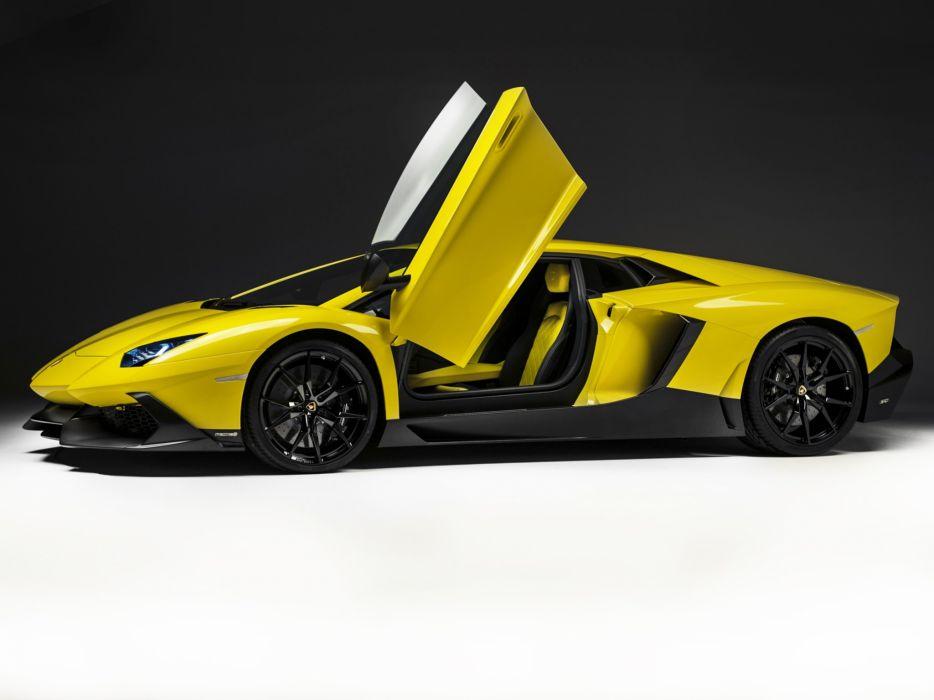 Lamborghini Aventador LP 720-4 50° Anniversario 2013 wallpaper