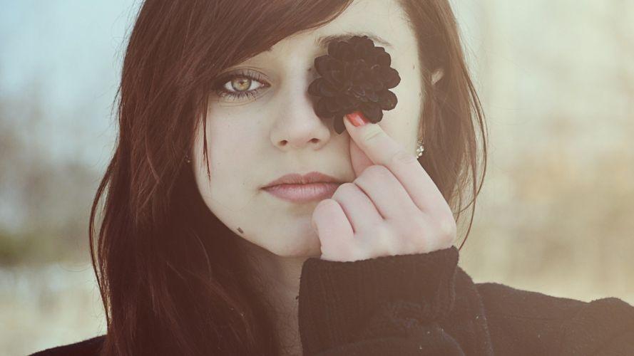 women eyes black looking at viewer face model wallpaper