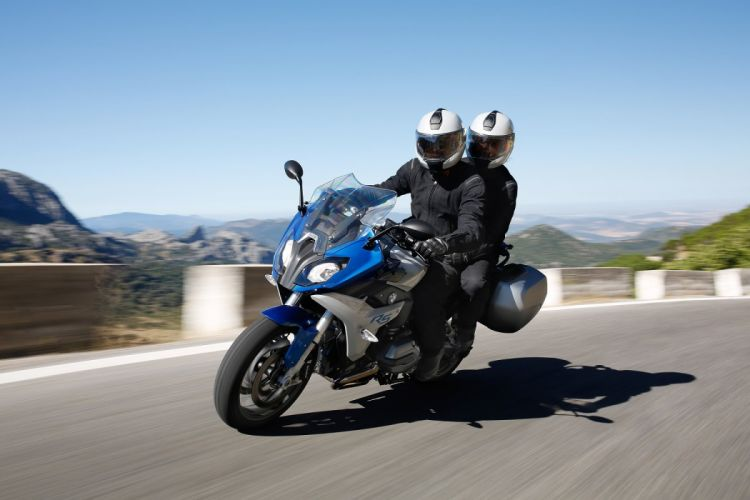 BMW R-1200-RS motorcycles 2015 wallpaper