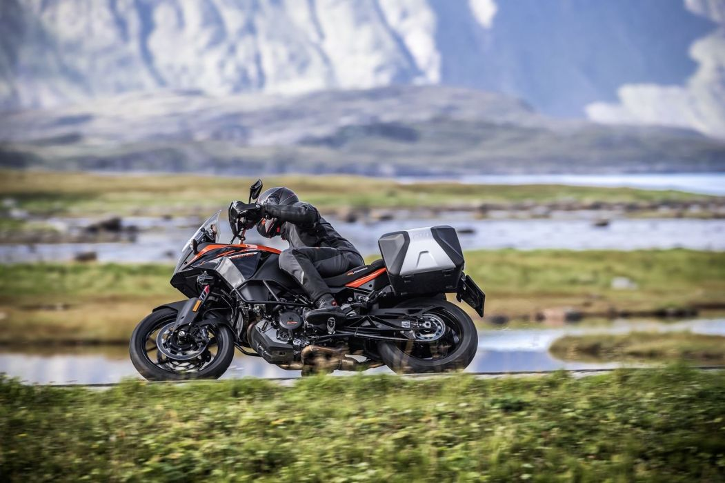 KTM 1090 Adventure motorcycles 2016 wallpaper