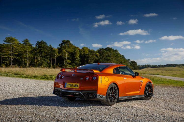 Interior Nissan GT-R UK-spec (R35) cars coupe godzilla 2016 wallpaper