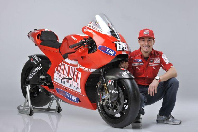 Ducati Desmosedici GP10 motorcycles races 2010 wallpaper