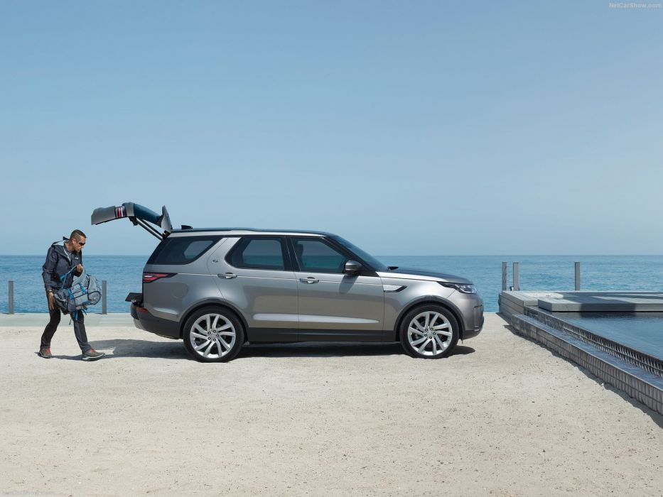Land Rover Discovery cars suv 2016 wallpaper