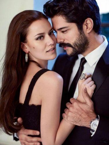 burakozcivit and fahriyeevcen Turkish actress Turkish actor couple beautiful woman men handsome wallpaper