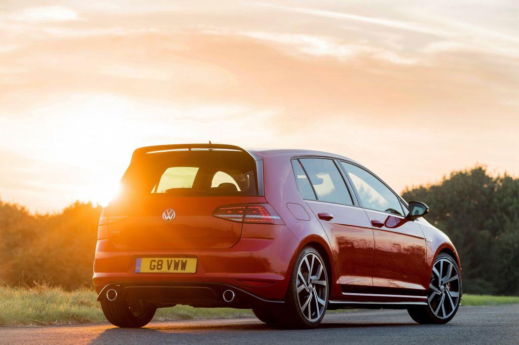 Volkswagen Golf GTI Clubsport Edition 40 UK-spec (Typ 5G) cars red 2016 wallpaper