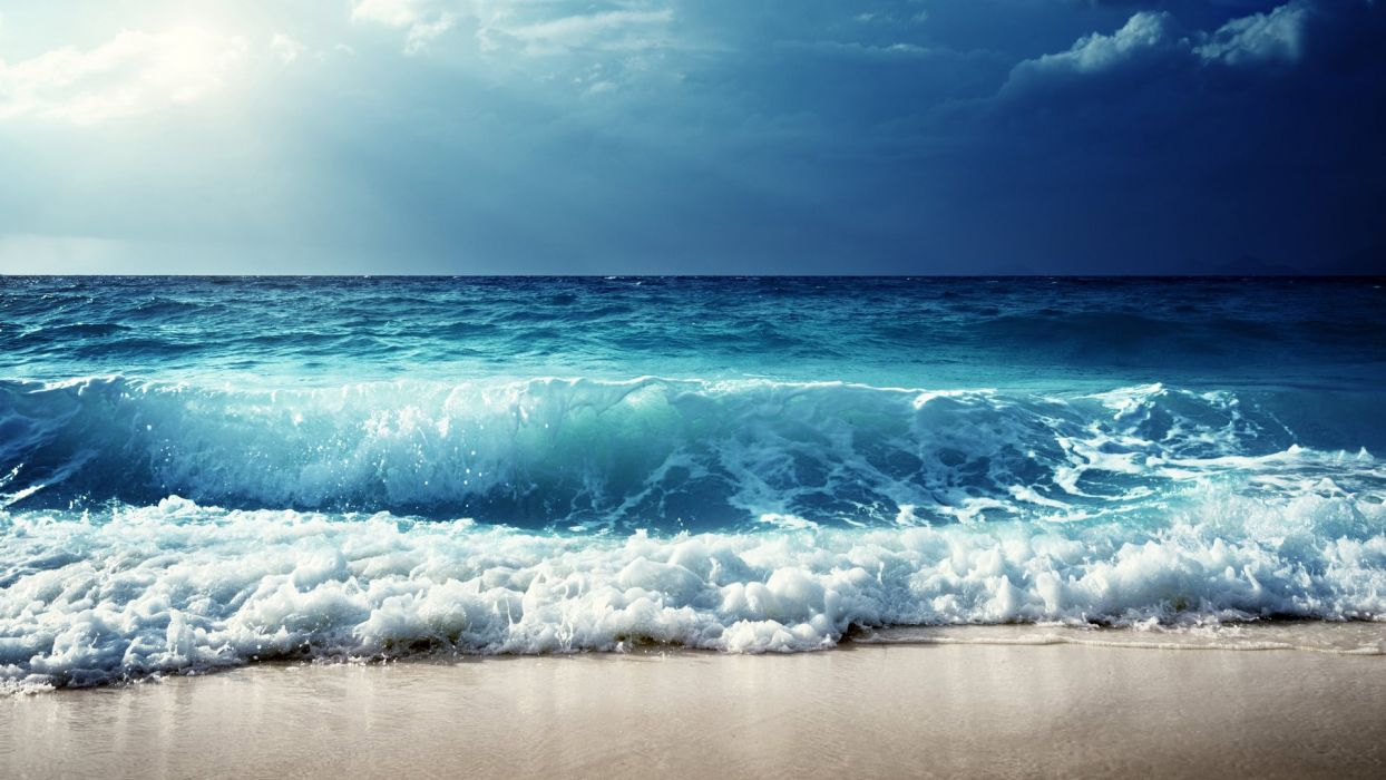 Featured fresh and beautiful blue sea waves wallpaper