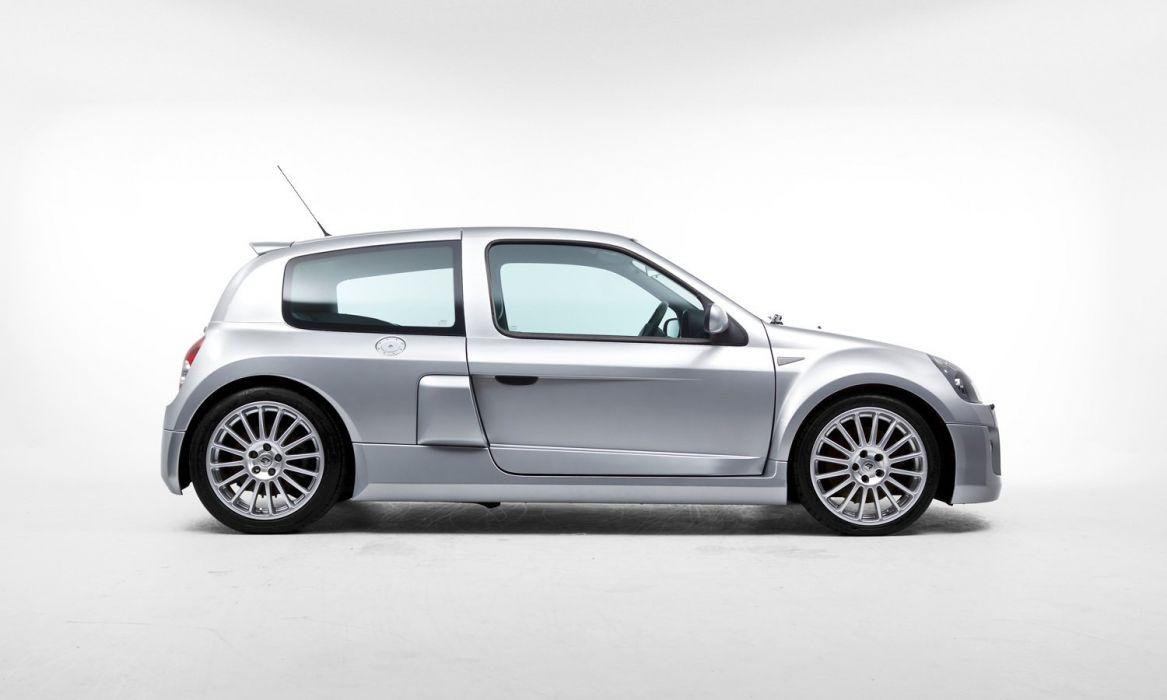 Renault Clio-V6 Sport UK-spec cars 2003 wallpaper