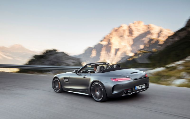 2017-Mercedes-AMG-GT-and-GT-C-Roadsters-GT-C-2-1920x1200 wallpaper