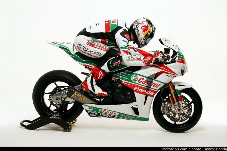 Superbike 2011 Team Castrol Honda wallpaper