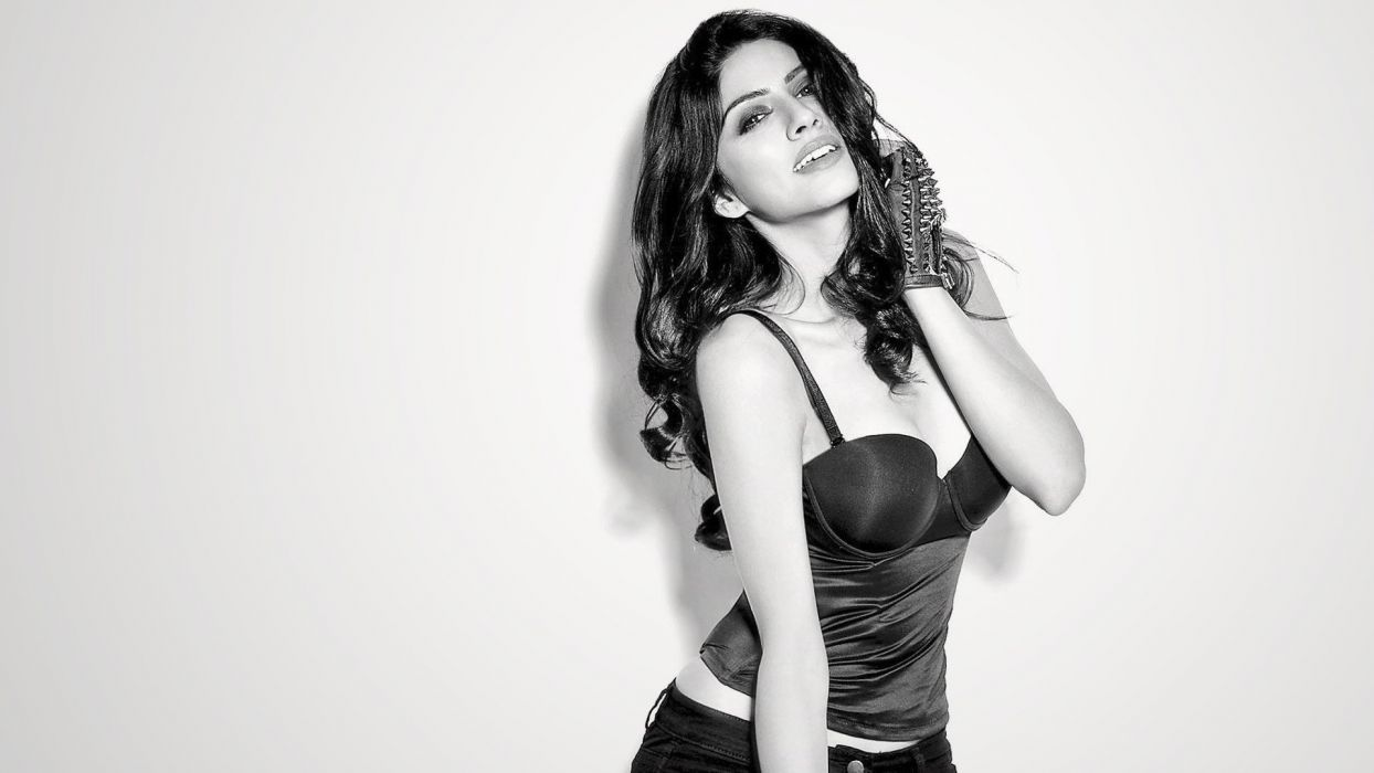 sapna pabbi bollywood actress model girl beautiful brunette pretty cute beauty sexy hot pose face eyes hair lips smile figure indian  wallpaper