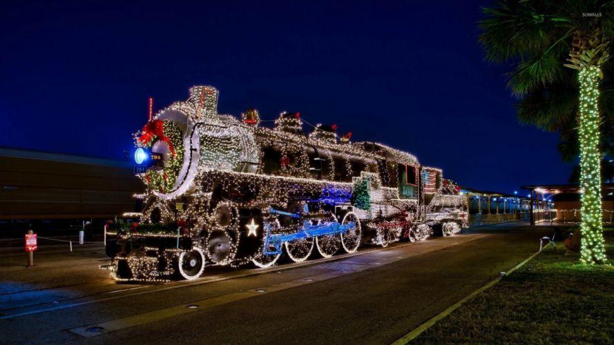 locomotive-with-christmas-lights wallpaper