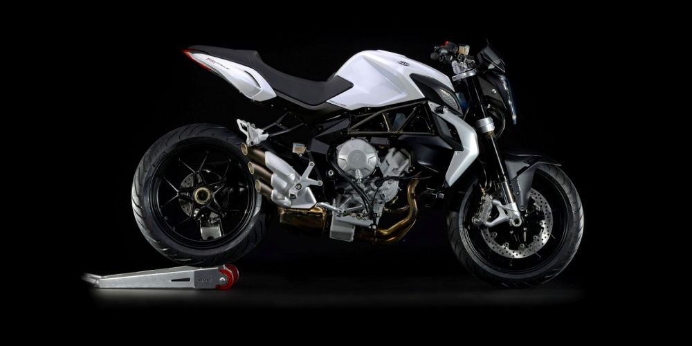 MV-Agusta Brutale 675 motorcycles 2012 wallpaper