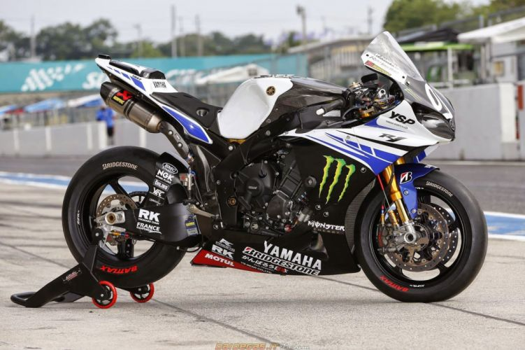 2014 yamaha (r1) sbk wallpaper