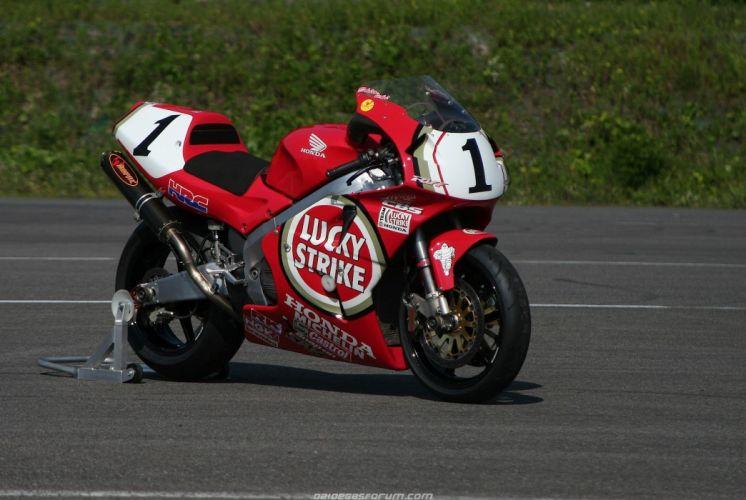 1999 honda rc45 superbike motorcycles wallpaper