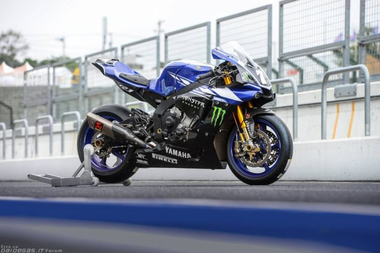 2015 Yamaha (R1) sbk motorcycles wallpaper