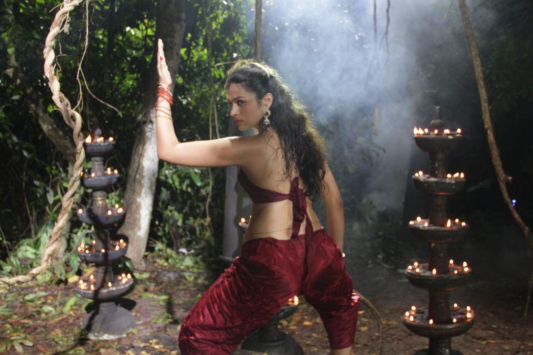 Shraddha-Das-Stills-@-Punnami-Rathri-Movie telugufilmnagar-1 wallpaper