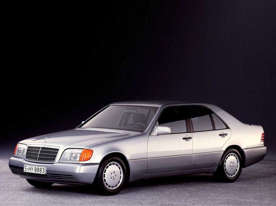 Mercedes-Benz 300SE 1991 wallpaper