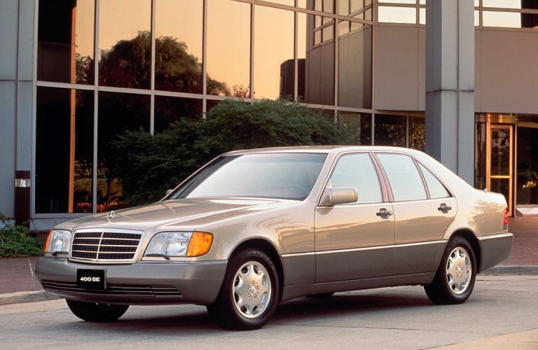 Mercedes-Benz 400SE 1990 wallpaper
